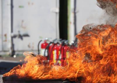 Sensibilização em Combate a Incêndios com Meios de Primeira Intervenção